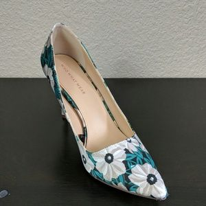Green and white floral print heels